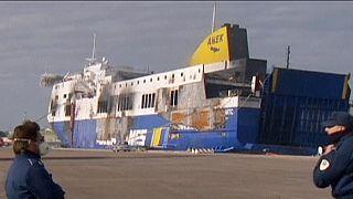 Следователи ищут причины пожара на Norman Atlantic