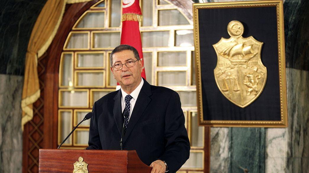 El presidente de Túnez encarga la formación del nuevo Gobierno a Habib Esid, que ocupó altos cargos durante la dictadura de Ben Alí