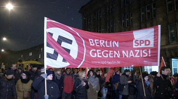 Pegida: Anti-Demos, Dunkelheit und 18.000 Anhänger in Dresden