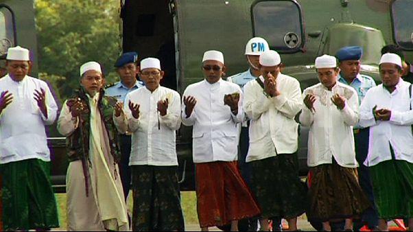 Uma oração pelas vítimas do acidente da AirAsia