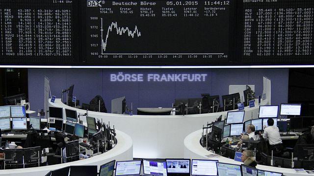 انهيار حاد في أسواق المال العالمية على خلفية انخفاض اسعار النفط والأزمة في اليونان