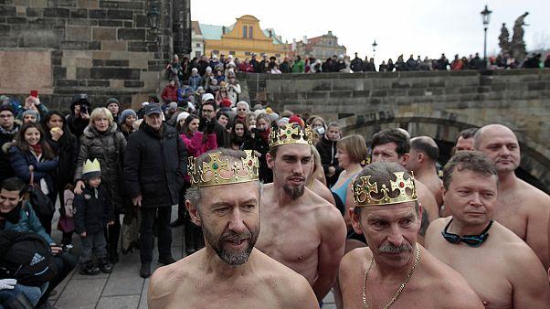 المسيحيون يحتفلون بعيد الغطاس