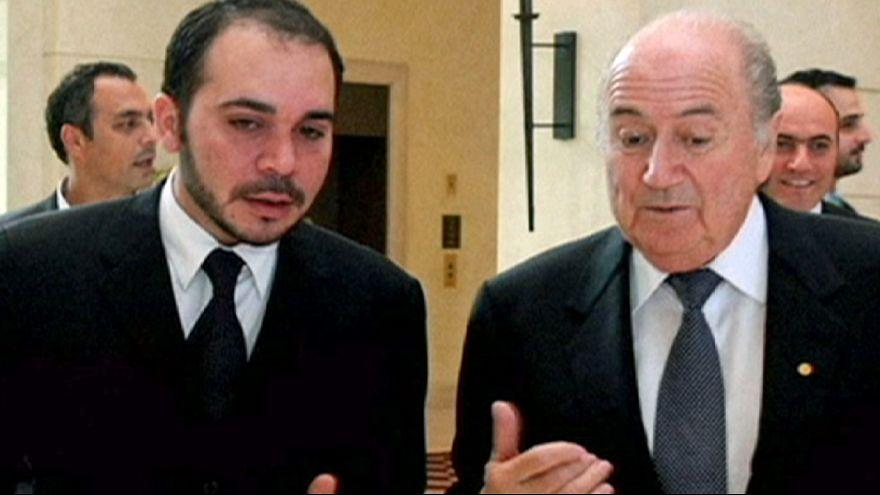El príncipe Al Husein, aliado de Platini, tratará de arrebatar a Blatter la presidencia de la FIFA