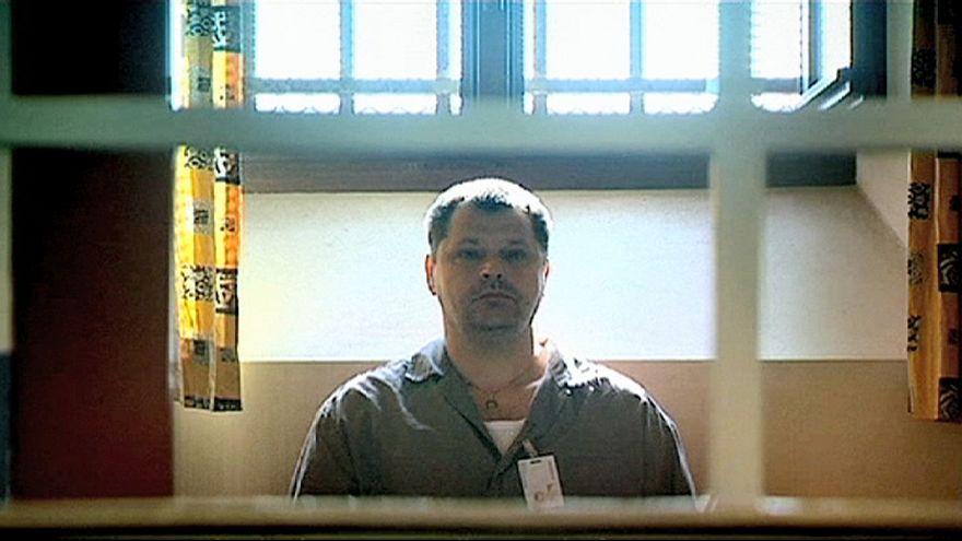 مجرم بلجيكي يطالب لنفسه بالموت الرحيم و السلطات البلجيكية ترفض.