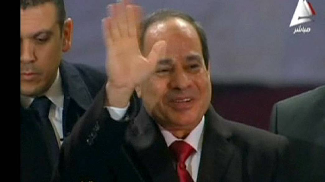 Le président égyptien assiste à la messe de noël copte : une première