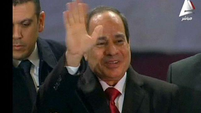 Президент Египта впервые пришел в церковь на Рождество
