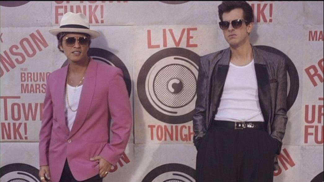 """""""Uptown Funk"""" von Mark Ronson mit Bruno Mars"""