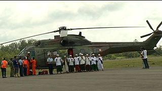 Imámok repülnek a lezuhant indonéz gép roncsai fölé, hogy imádkozzanak az áldozatokért