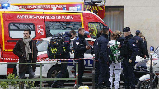Paris'te katliam: Fransız mizah dergisine saldırıda ölü sayısı 12'ye yükseldi