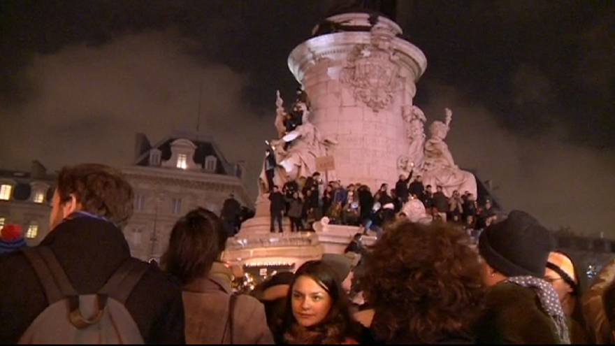Des dizaines de milliers de Français dans la rue pour Charlie Hebdo