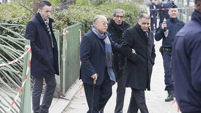 Saldırının ardından Fransa'daki Müslümanlar diken üstünde