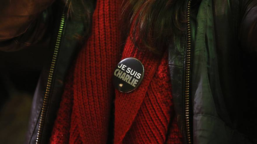 World stands together in tribute to Charlie Hebdo