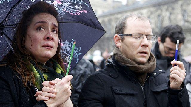 """حداد في فرنسا على ضحايا هجوم """"شارلي ايبدو"""""""