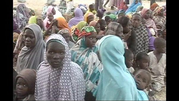 Választási parádé és dzsihádista vérontás Nigériában
