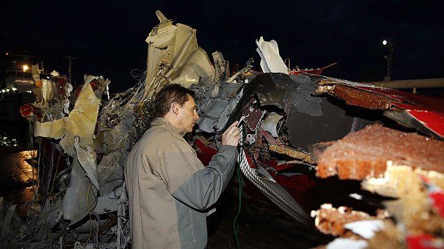 Lokalizálták az AirAsia decemberben lezuhant repülőgépének feketedobozát