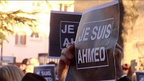 Minuto de silencio por el policía Ahmed Merabet, asesinado por defender 'Charlie Hebdo'