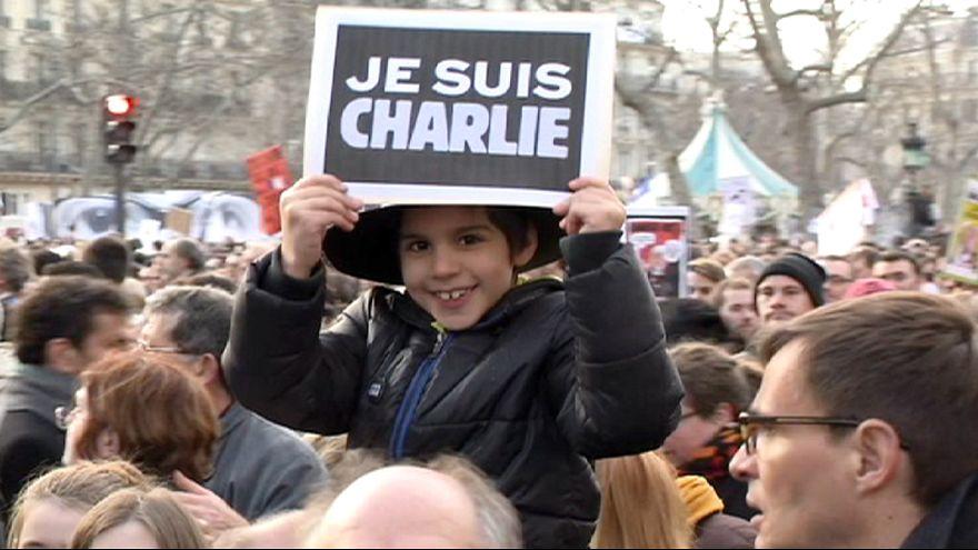 French marchers express faith in values of la République