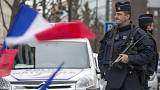 Reassuring a shaken population: 10,000 extra soldiers deployed across France