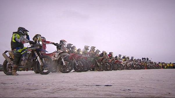 Coma tops riders in Chile after rough day in Dakar