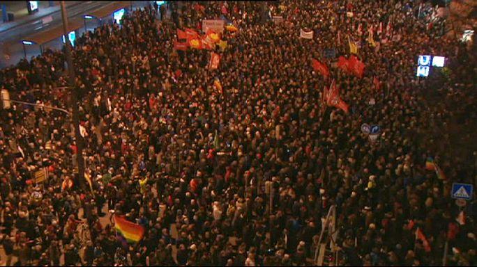 """Германия расколота демонстрациями. Меркель назвала ислам """"частью немецкого общества"""""""