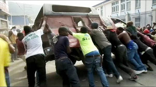 Scontri tra polizia e manifestanti ad Haiti