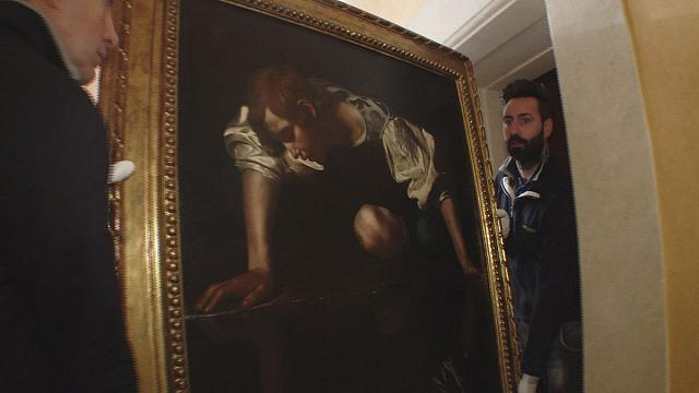 Picture this: a safe way to transport priceless paintings