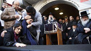 الجالية اليهودية التونسية في حداد اثر اعتداءات باريس
