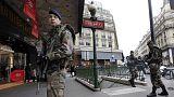 Fransa terör yasalarını sertleştiriyor