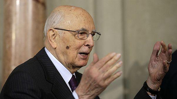 89'luk İtalyan Cumhurbaşkanı Napolitano'dan bir ayrılık sinyali daha geldi