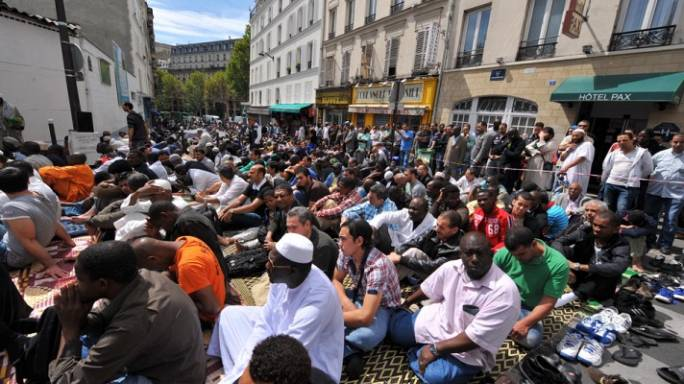 Avrupa'da Müslüman ve Yahudilere bakış