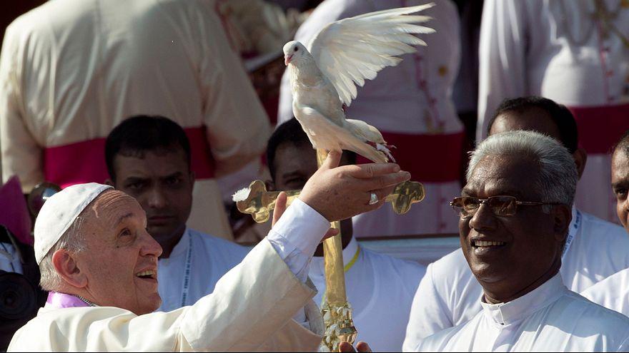 Папа римский завершает визит на Шри-Ланку