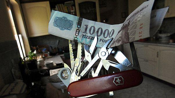 Elszabadult a forint a svájci jegybank döntése után