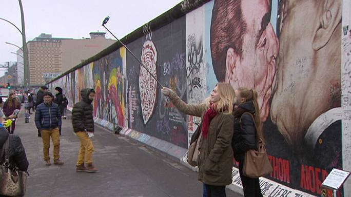 Berlin, en pleine crise d'identité, 25 ans après la réunification