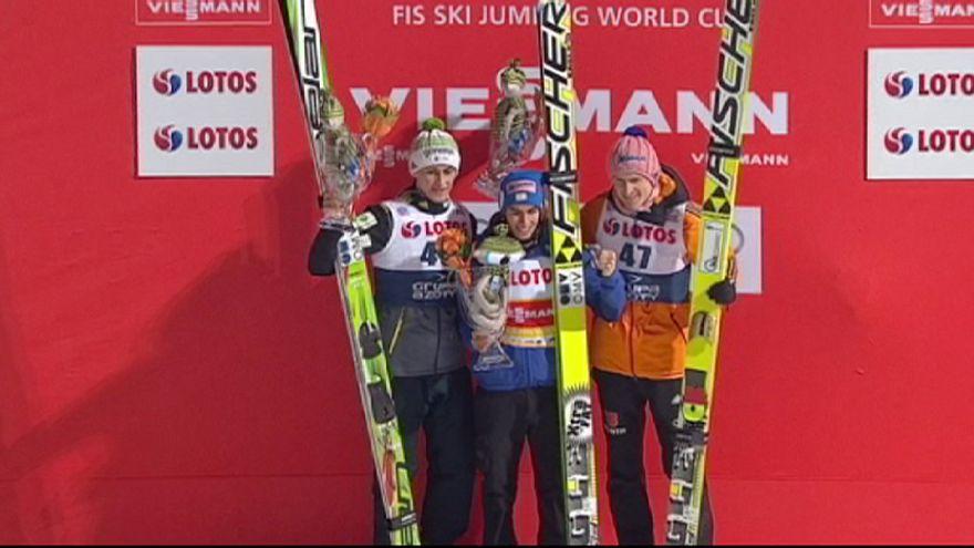 Победитель Турне четырех трамплинов Штефан Крафт продолжает выигрывать