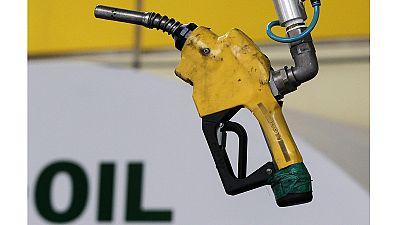 El efecto dominó de la caída del precio del petróleo