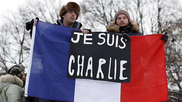 """"""" Je suis Charlie """" à la une sur les chaînes européennes"""