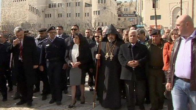 Рождество в Вифлееме отмечает армянская церковь