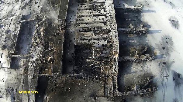 Ukrán kormányerők kezén a donyecki légikikötő