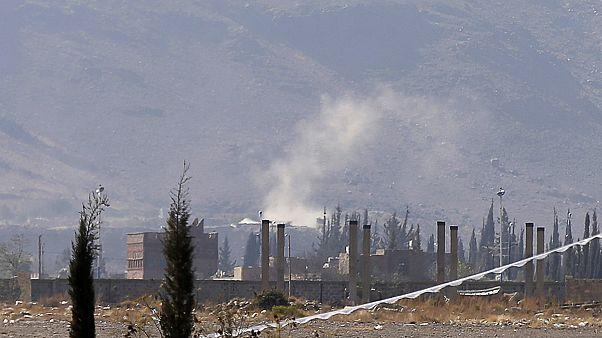 Los milicianos chiíes atacan el convoy del primer ministro de Yemén pese a las llamadas al alto el fuego