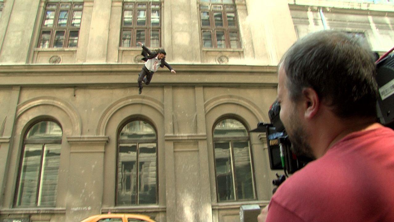 """""""Shadows"""" : la série TV roumaine tournée comme un film"""