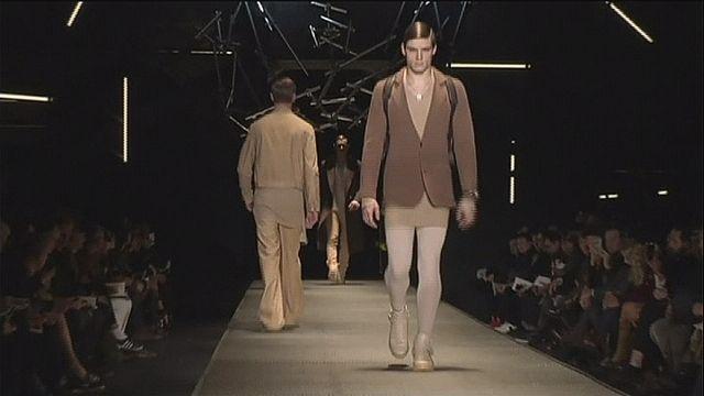 علامة فرساتشي تتألق في أسبوع الموضة الرجالية بميلانو