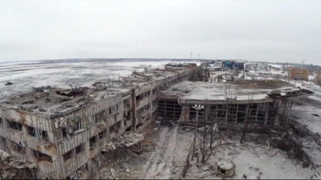 تبادل التهم بين كييف وموسكو بشأن إشتباكات مطار دونيتسك