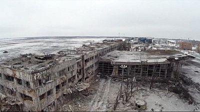 Ucrânia: Prossegue a guerra e as acusações entre Kiev e Moscovo