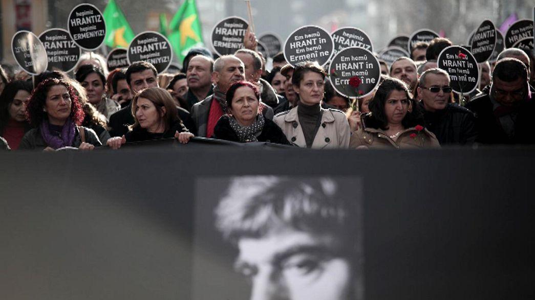 Egy lelőtt örmény újságíróért tüntettek Isztambulban
