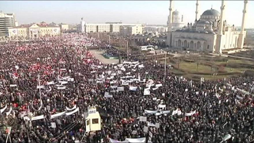 "Chechnya: Hundreds of thousands march against Charlie Hebdo ""immoral"" cartoons"