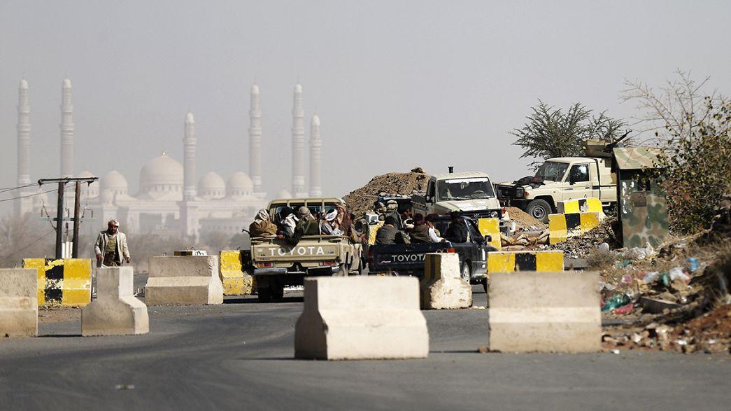 الحوثيون يسيطرون على القصر الرئاسي في صنعاء .