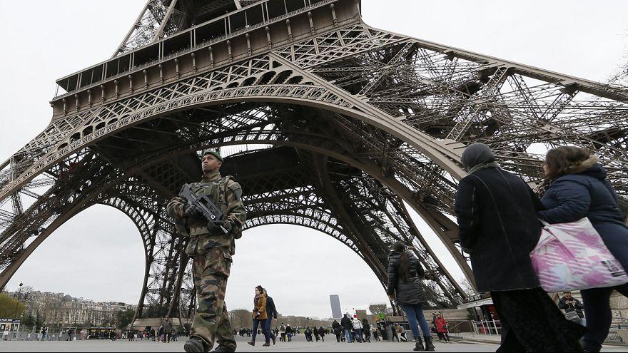 Kampf gegen den Terrorismus: Frankreich rüstet auf