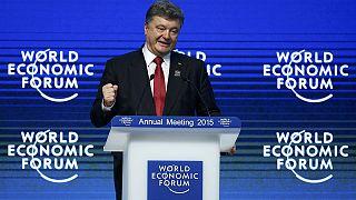 پوروشنکو: بیش از ۹۰۰۰ نظامی روس در اوکراین مستقر شده اند
