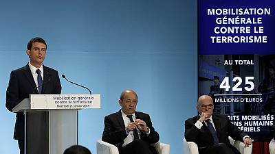 Frankreich rüstet im Kampf gegen den Terror auf