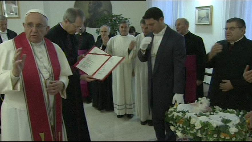 Pope Francis blesses lambs for feast of St. Agnes